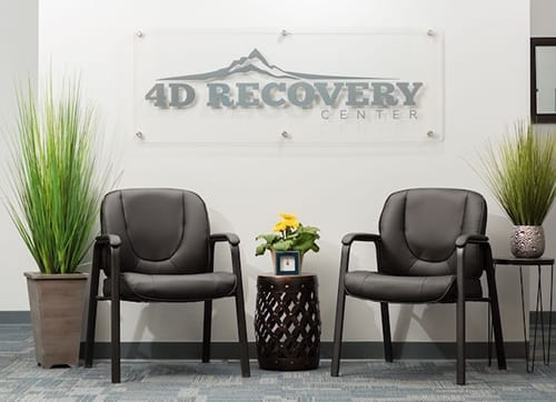 4d recovery entry sign with chairs at granite recovery centers outpatient rehab center
