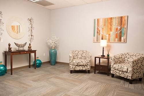 sitting area at womens rehab center granite recovery centers